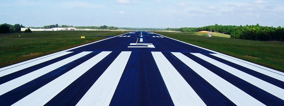 AIRPORT MARKINGS: RUNWAY AND TAXIWAY MARKINGS